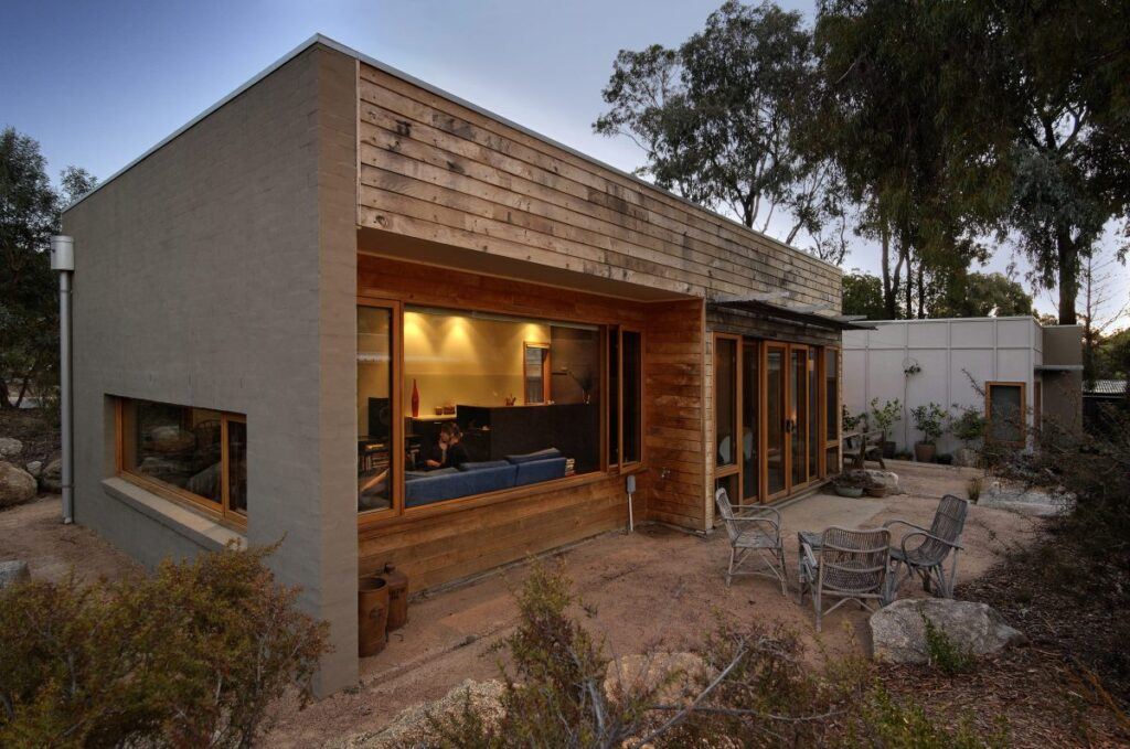 Environmental design timber sustainable home in bush setting
